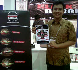 3.-burger-hitam-indonesia