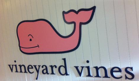 5.-vineyard-vines